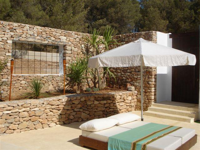 Terrazas y jardines isabel caballeria for Oferta terraza y jardin